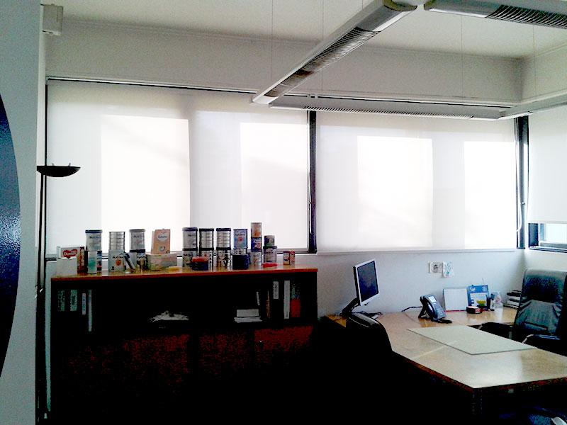 cortina-roller-screen1-kasdorf-danone-oficinas-01