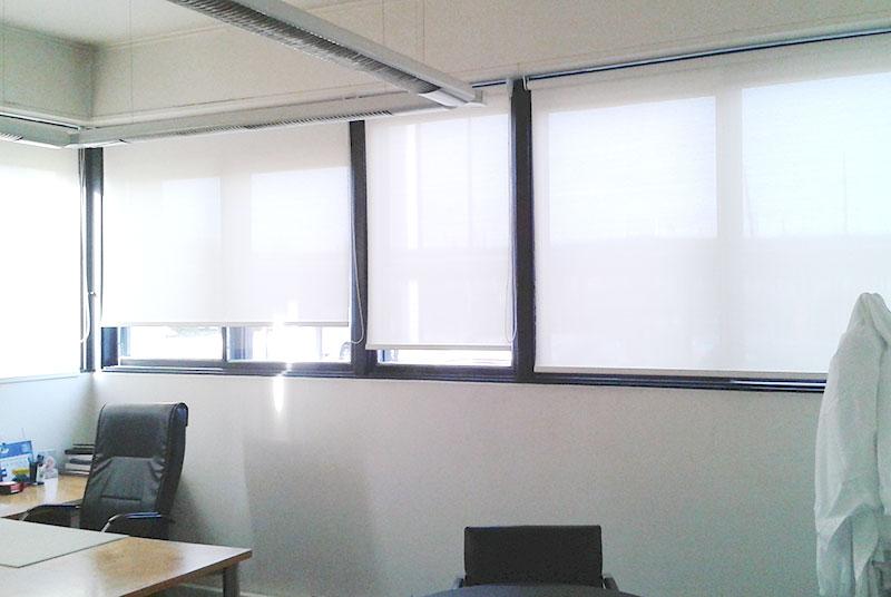 cortina-roller-screen1-kasdorf-danone-oficinas-03