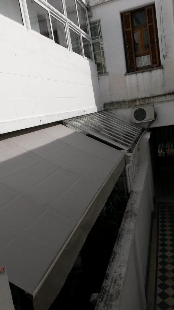 Toldo Brazos Invisibles - Vista Externa