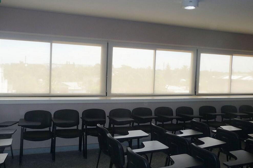 Proyecto Universidad de Hurlingham -  Cortinas Roller Screen 5% White-Linen