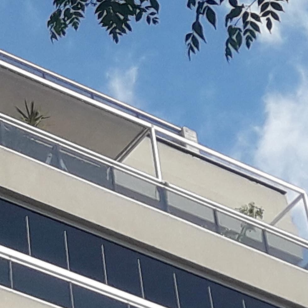 frente pergola aluminio toldo balcón