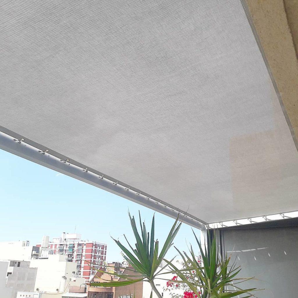detalle lona microperforada Sunworker de Dickson
