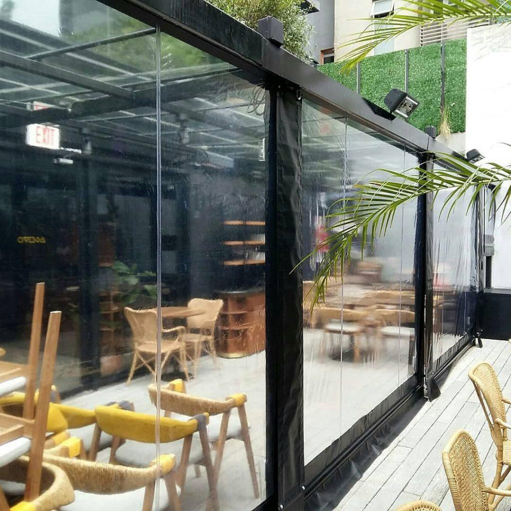 cerramiento restaurante cristal trasparente