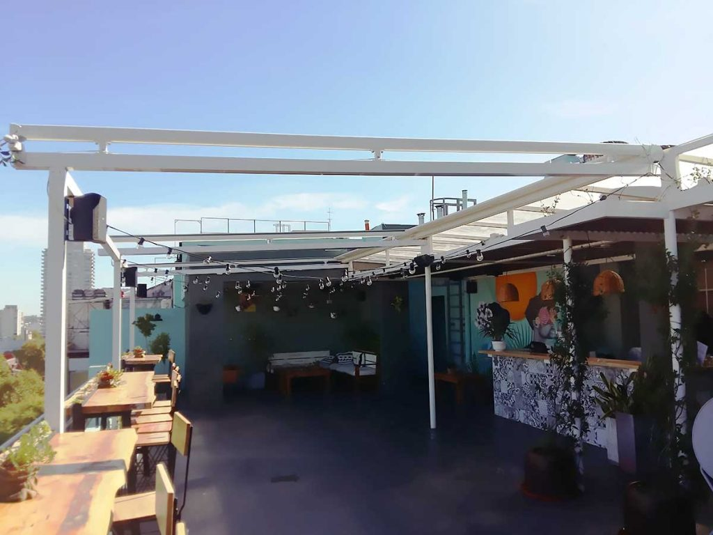 pergola aluminio terraza hotel
