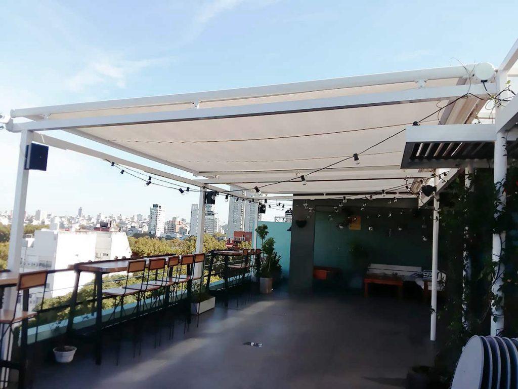 toldo automático terraza hotel