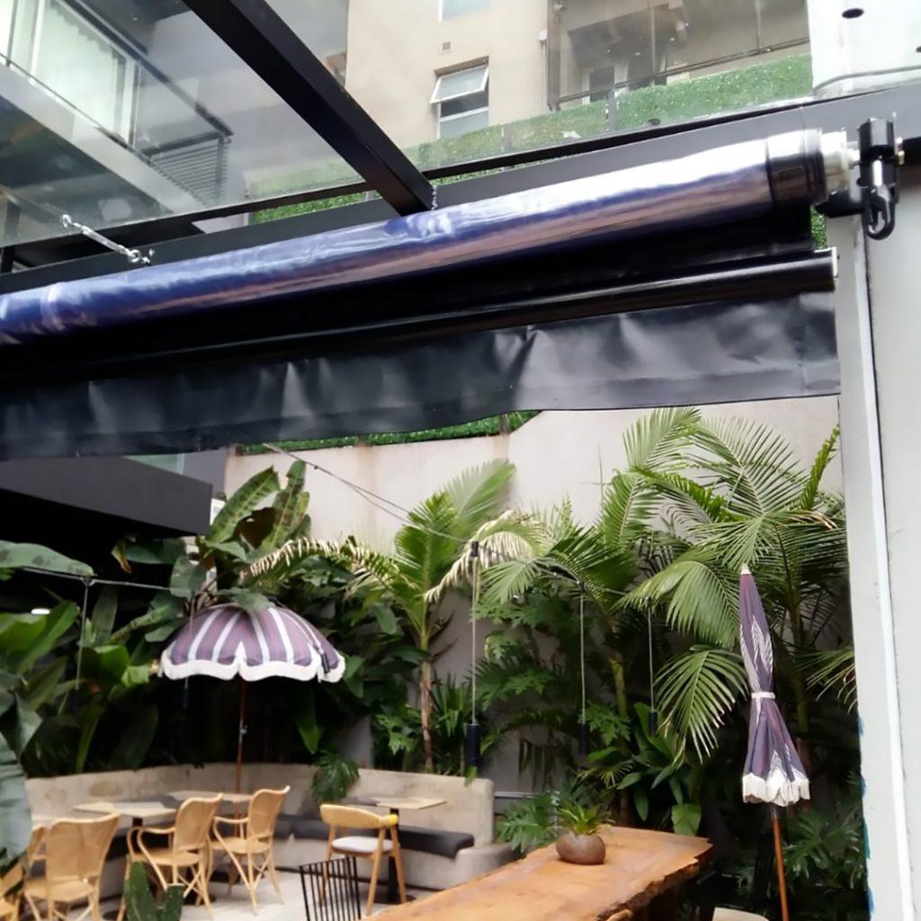 toldo vertical lona pvc cristal resto restaurant palermo